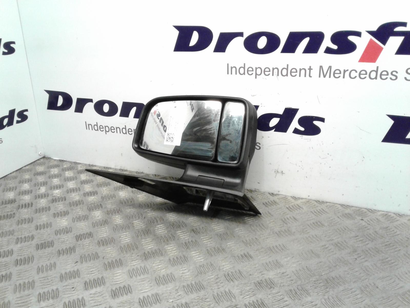 View Auto part R Door Mirror Mercedes Sprinter 2015