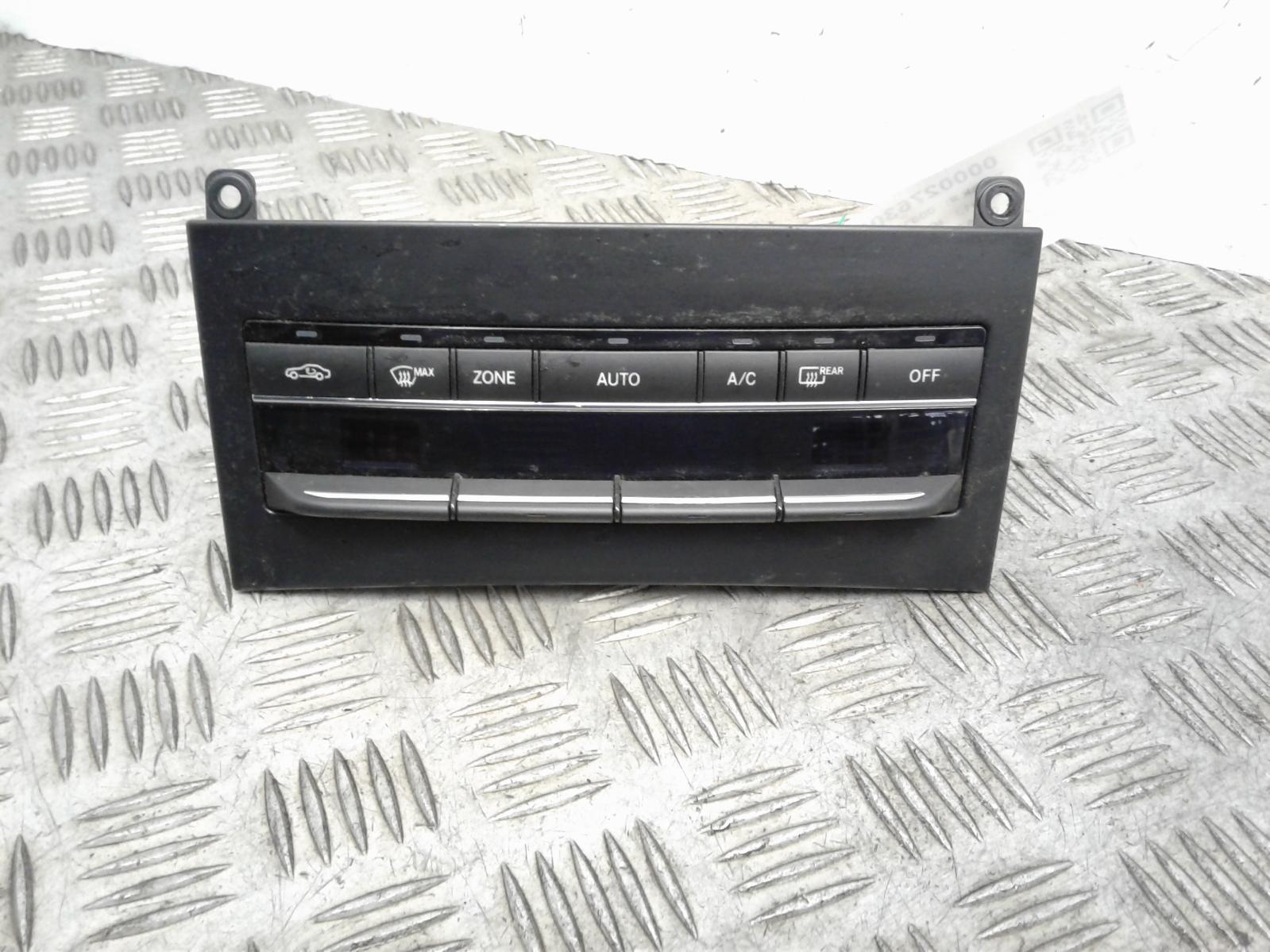 View Auto part Heater/AC Controller Mercedes E Class 2013