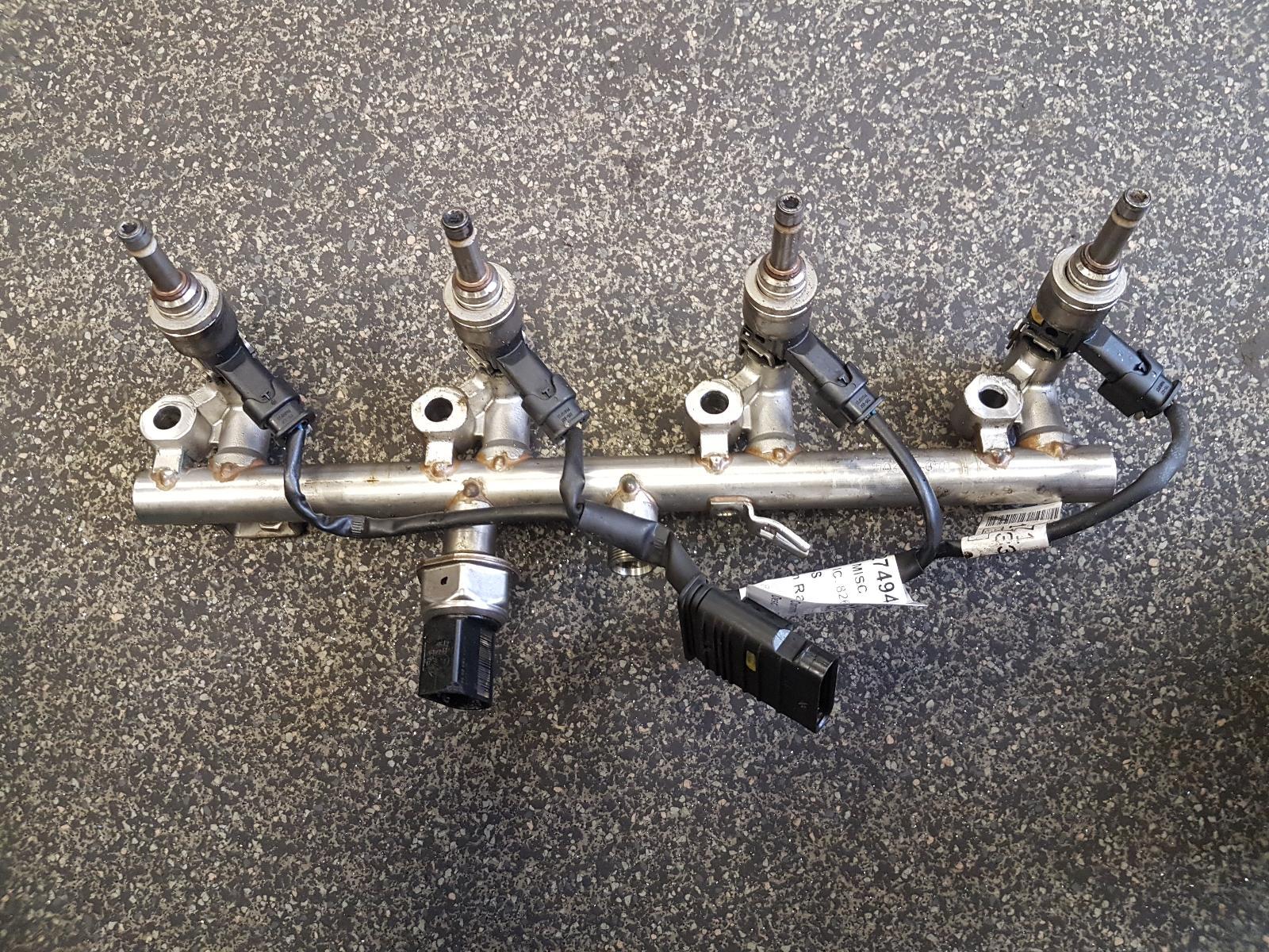 View Auto part Injection Rail Mercedes C Class 2012