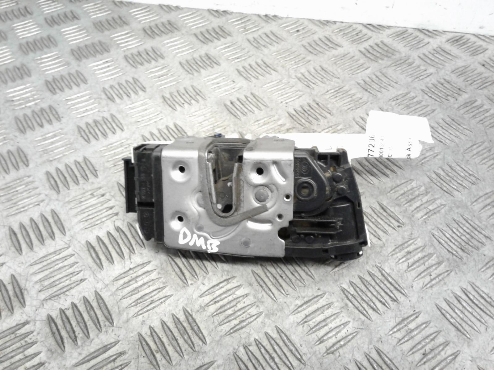 View Auto part Door Lock Assembly Mercedes Vito 2016