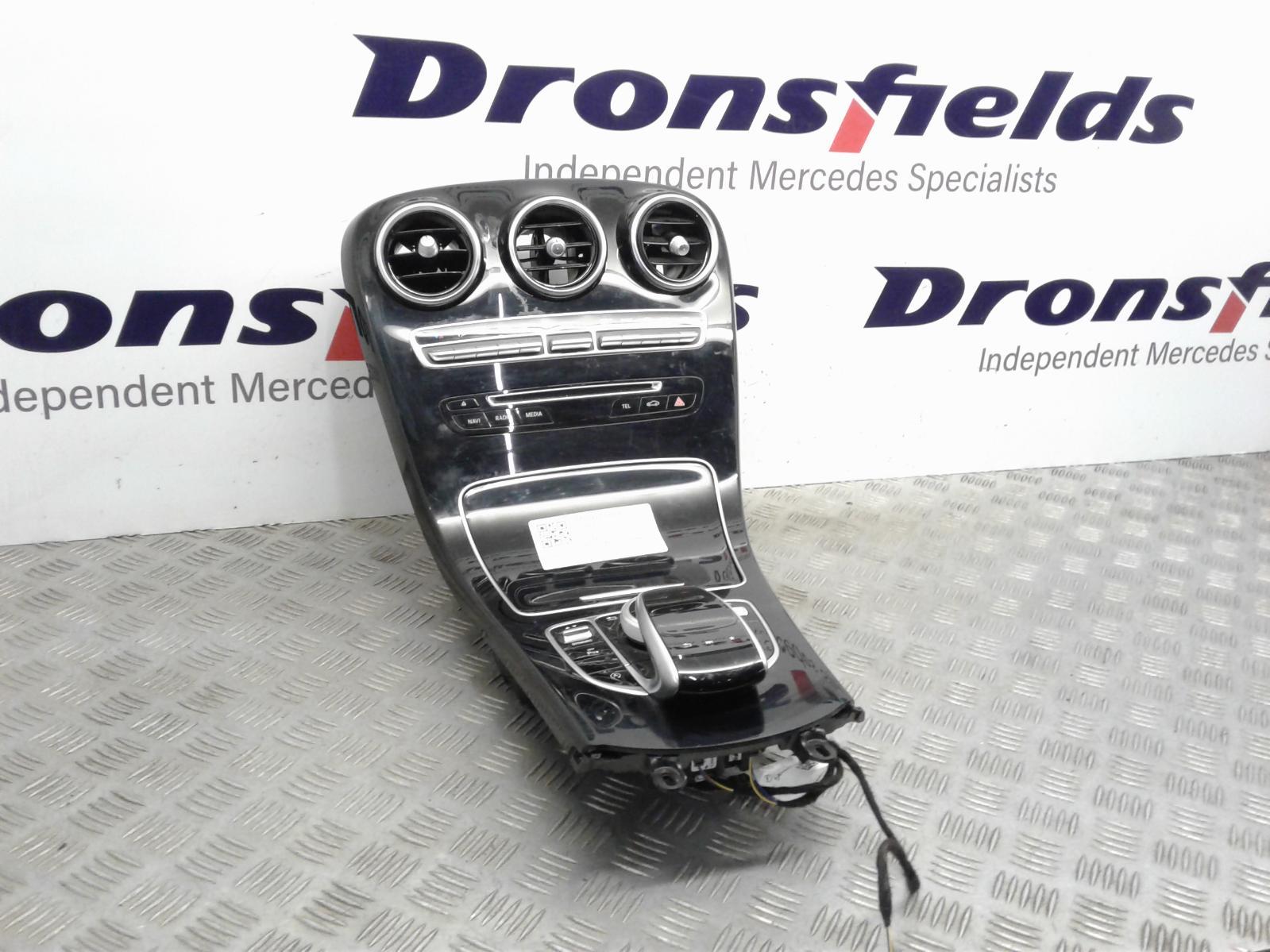 View Auto part Heater/AC Controller Mercedes C Class 2019
