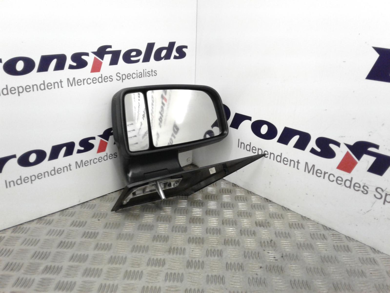 View Auto part L Door Mirror Mercedes Sprinter 2015