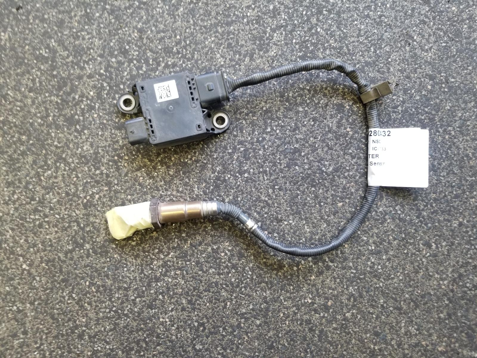 View Auto part Knock Sensor Mercedes Sprinter 2020