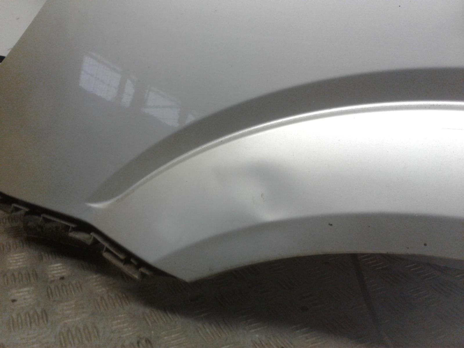 View Auto part L Wing Mercedes Sprinter 2015