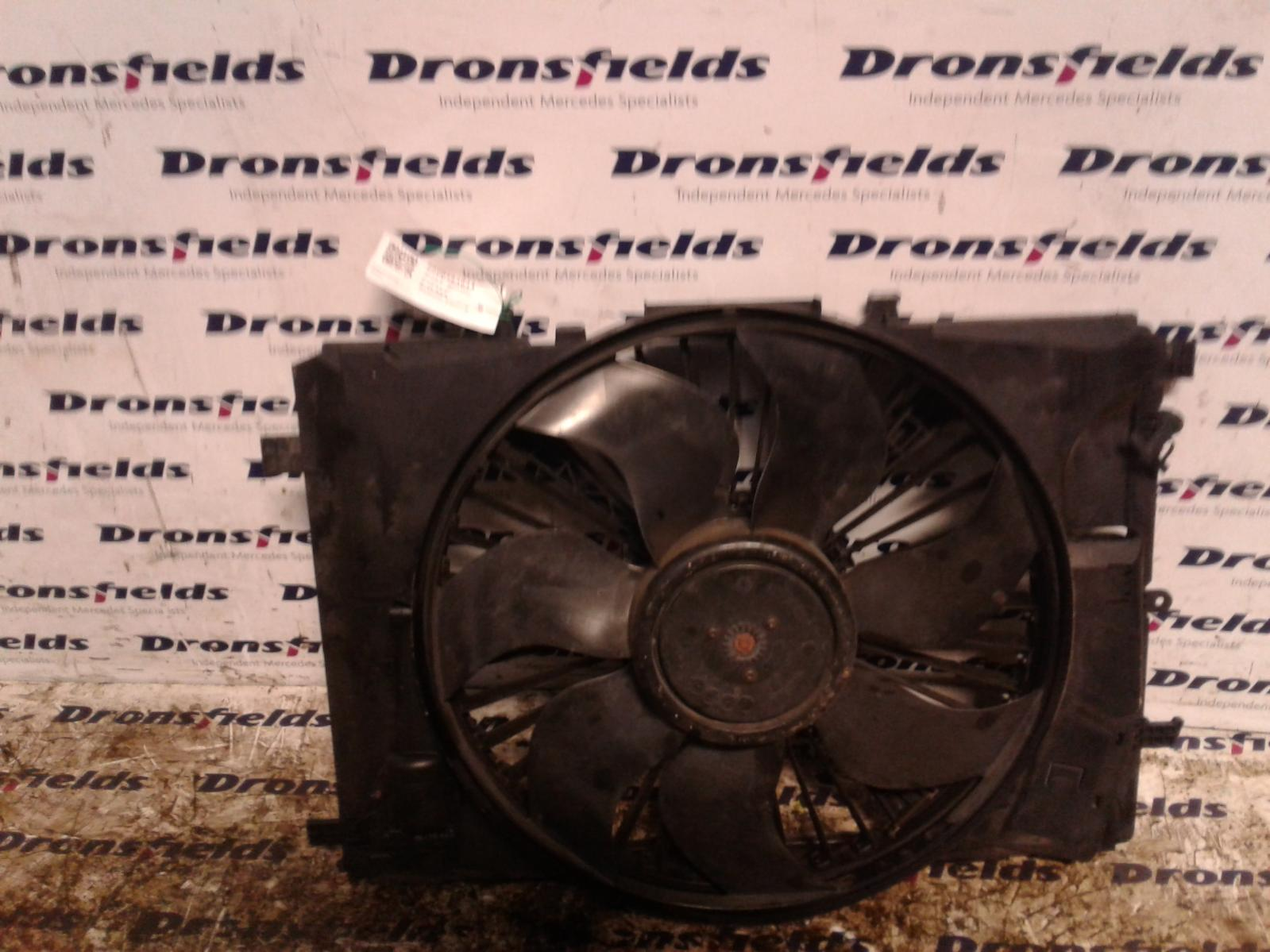 View Auto part Engine Cooling Motor Mercedes C Class 2011