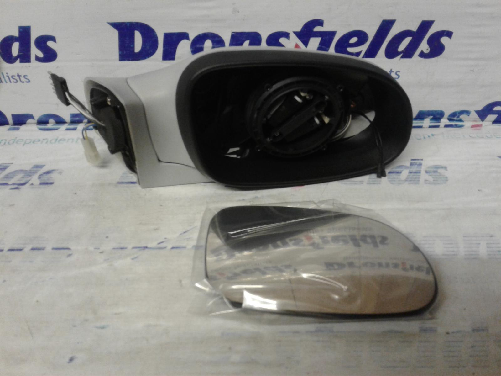 View Auto part R Door Mirror Mercedes A Class 1998