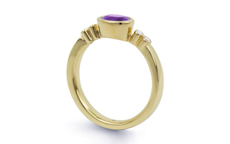 Vintage Amethyst Birthstone Gold Ring product image 2