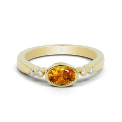 18ct Yellow Gold Citrine & Diamond Vintage Engagement Ring 0.04ct 2.5mm image 0