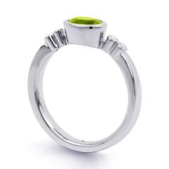 18ct White Gold Peridot & Diamond Vintage Engagement Ring 0.04ct 2.5mm image 1