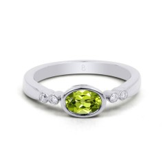 18ct White Gold Peridot & Diamond Vintage Engagement Ring 0.04ct 2.5mm image 0