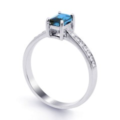 18ct White Gold Blue Topaz & Diamond Vintage Engagement Ring 0.14ct 2.5mm image 1