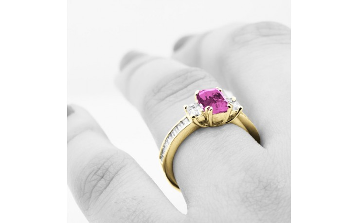 Devi Pink Sapphire Yellow Gold Ring product image 4