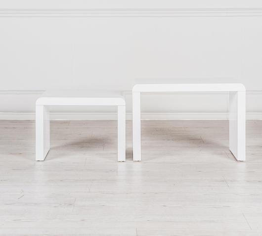 Duzzle set tavolinetti rettangolari in mdf bianchi a zig zag coppia frontale