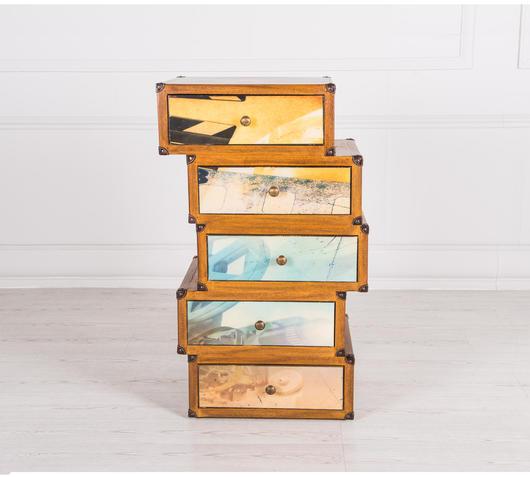 Duzzle cassettiera legno massello asimmetrico design twist frontale