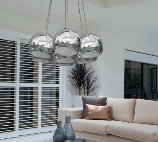 Duzzle lampada sospensione spheres sette paralumi ambientata
