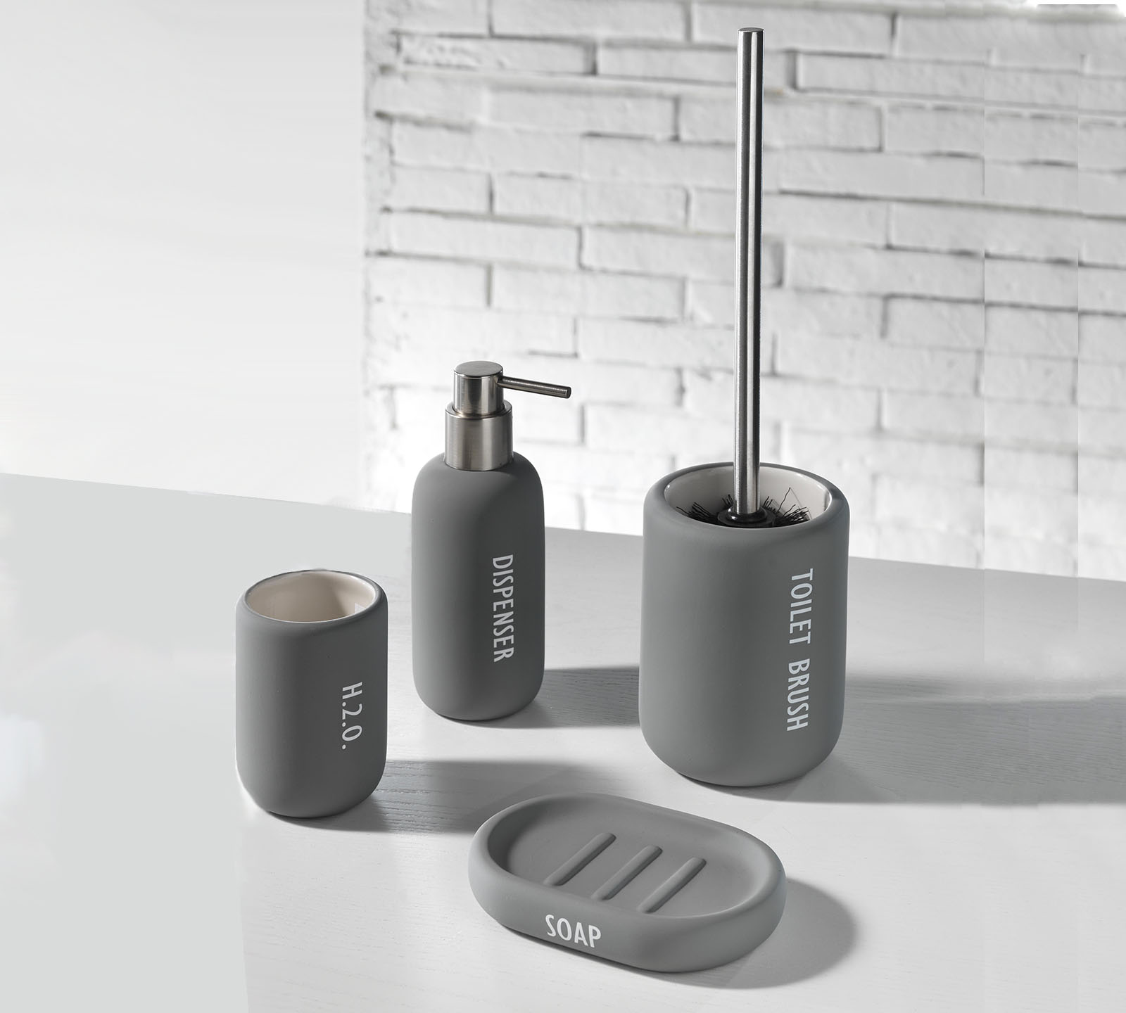 Set accessori bagno tft cod 1010 ru gray duzzle - Amazon accessori bagno ...