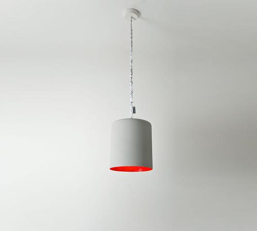 Duzzle lampadario bin cemento rosso in es ardesign