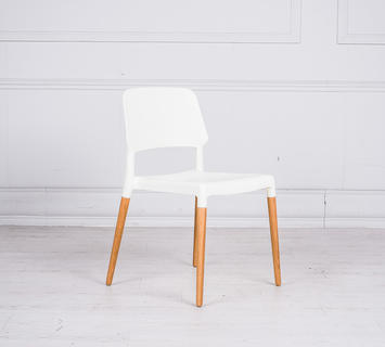 Sedia sally in legno duzzle for Sedie design nordico