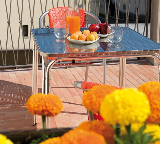 Duzzle greenwood moia tavolo quadrato tc06 alluminio acciaio impilabile amb dett