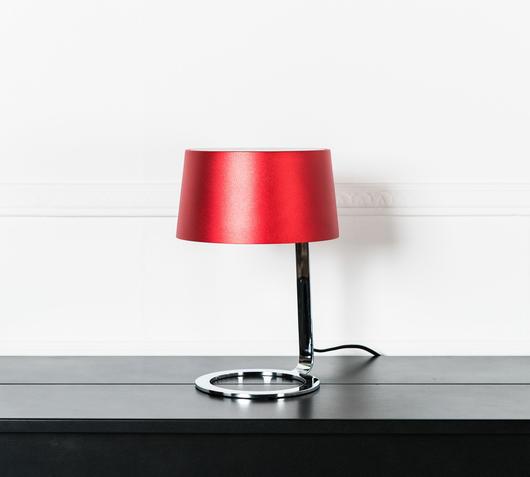 Duzzle lampada da tavolo in metallo rossa stones