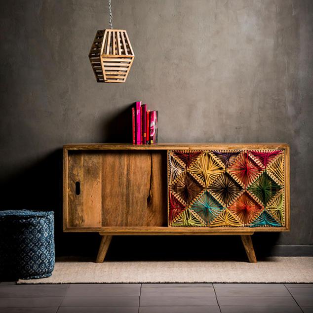 Vendita mobili e arredamento per la casa nel negozio for Vendita online oggettistica casa