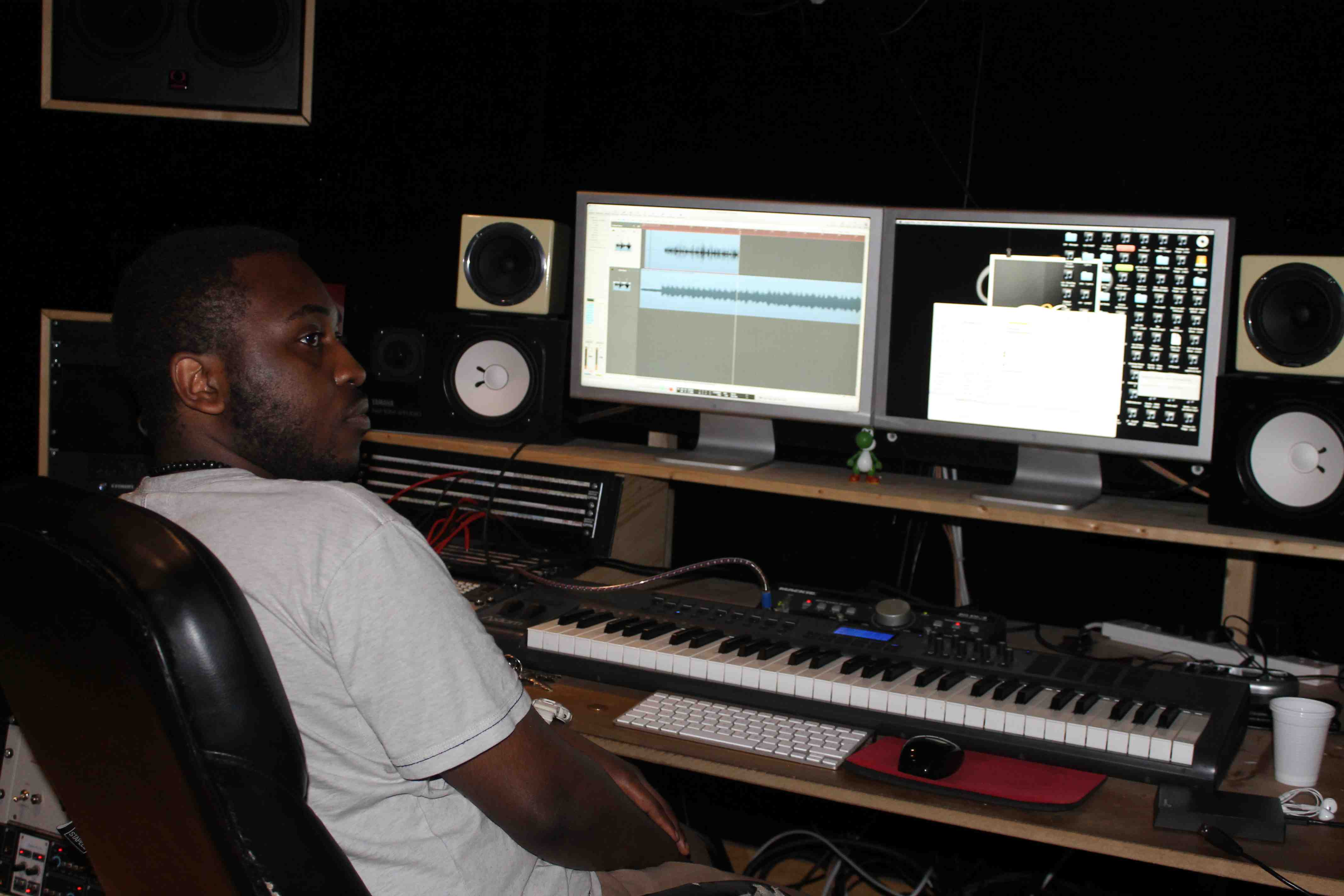 Studio Screens and Manager