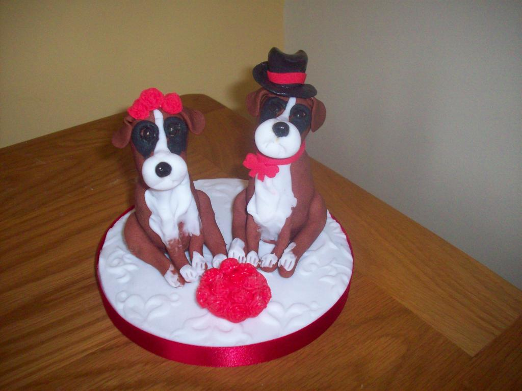 wedding cake topper with boxer dog personalised and groom wedding cake toppers 26654