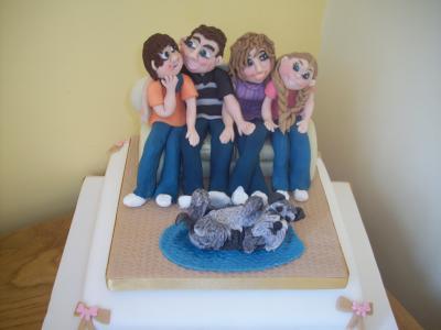 Family Settee Sugar Cake Topper