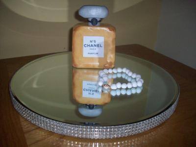 Chanel No5 Perfumer and Pearl Bracelet Cake Topper