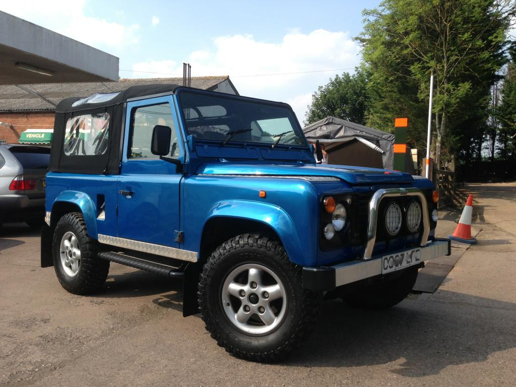 land rover respray and land rover restoration service churchill 4x4. Black Bedroom Furniture Sets. Home Design Ideas