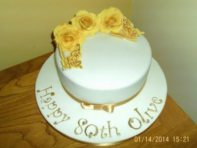 Lemon Roses Birthday Cake