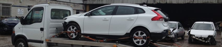 Car Delivery Croydon to Volvo preston Motor park