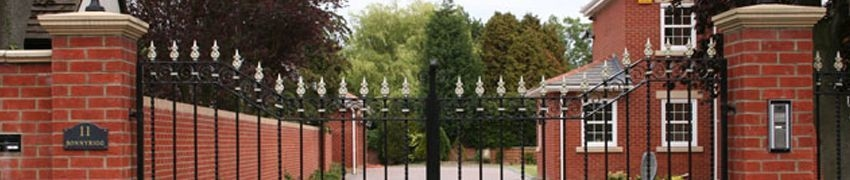 How to Restore a Rusty Wrought Iron Fence