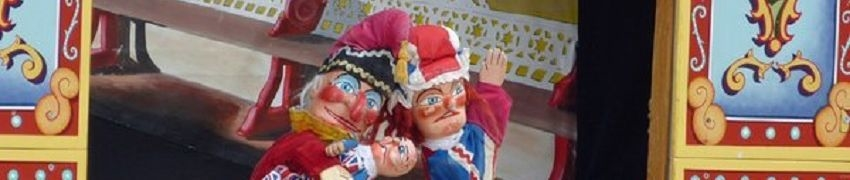 Punch and Judy on the beach Weymouth title=