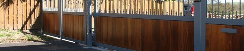 The Benefits of Wooden Sliding Gates