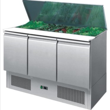 A fantastic choice of refrigerated saladettes at unbeatable prices