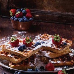 Italinox Professional Stainless Steel Waffle Maker with Cast Iron Plates