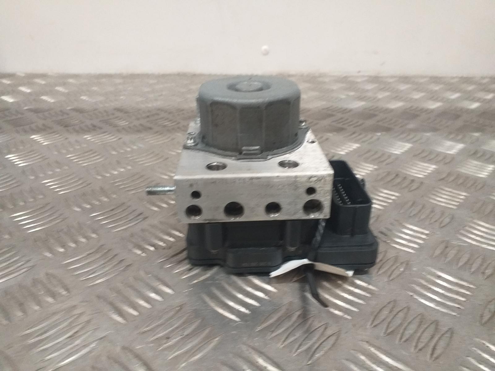 View Auto part ABS Pump/Modulator RENAULT CLIO 2015