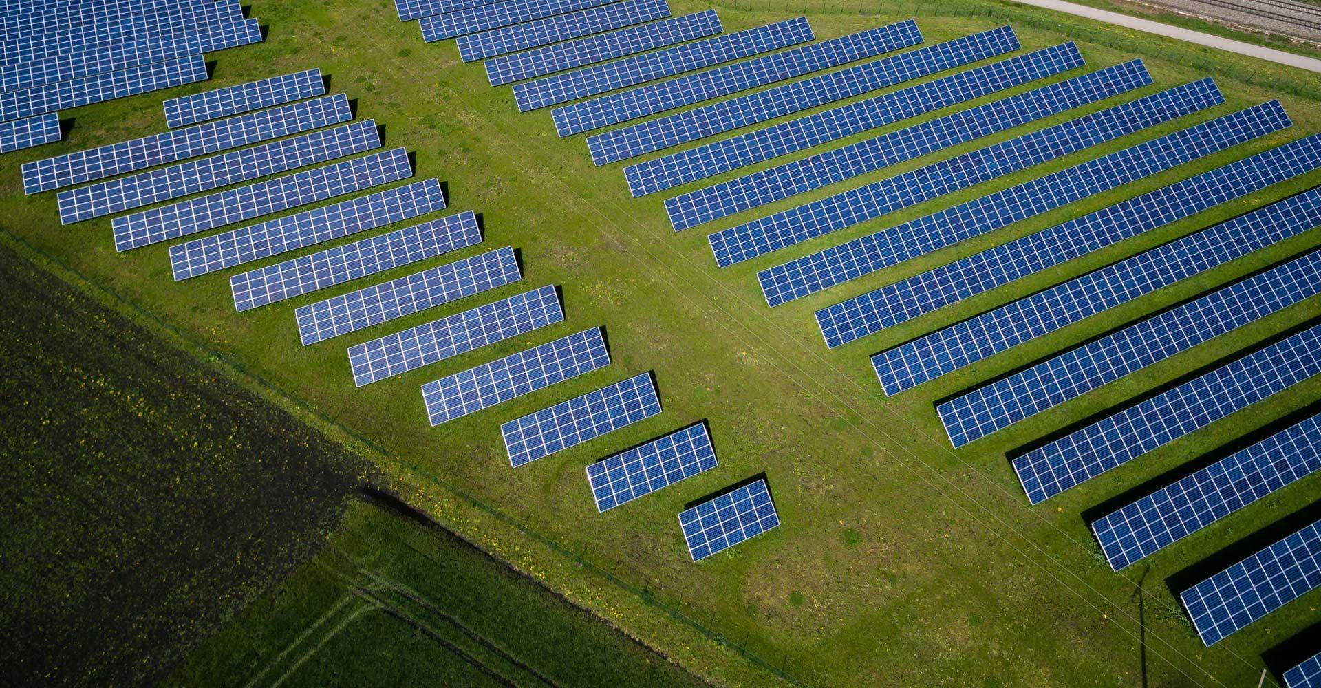 Copertina smaltimento pannelli fotovoltaici
