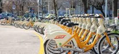 BikeMi: il successo milanese del bike sharing tocca nel 2015 10 milioni di utilizzi