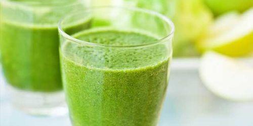 Succo di spinaci, sedano e carote