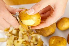 5 consigli per riciclare le bucce di patata