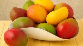 Dimagrante e anticancro, scopri i 7 benefici del mango