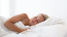 Dormire nelle notti estive? Ecco 8 metodi efficaci