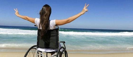 Vacanze per tutti: la realtà delle spiagge accessibili