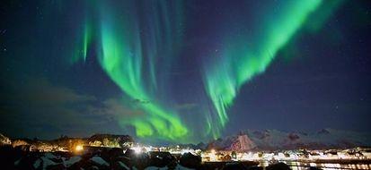 A caccia di aurore boreali? 6 luoghi perfetti e qualche consiglio