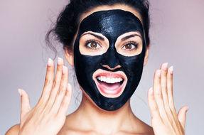 Addio punti neri con la Black Mask fai da te