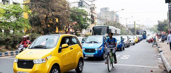 L'India promette di passare al trasporto green entro il 2030