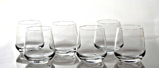 5 soluzioni naturali per bicchieri sempre brillanti
