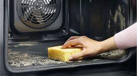 Pulire il forno in modo naturale: 4 consigli